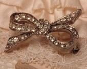 Vintage Rhinestone Brooch-Vintage Jewelry-Vintage Brooch-Bow Brooch-Bow-Rhinestone Jewelry-Vintage Rhinestone-Roadsidebridge- Pin