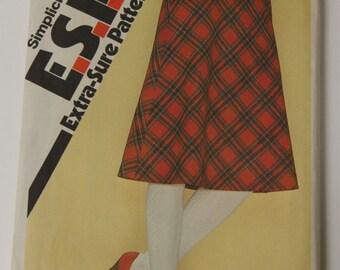 Vintage Simplicity 1970s Midi Skirt Pattern 9583