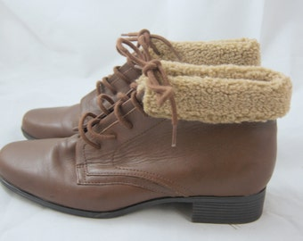Vintage 1980s Brown Leather and Shearling Ankle Boots &