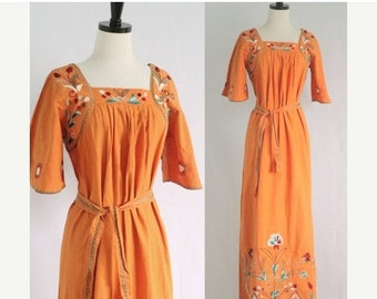 Vintage 1970s Maxi Dress Embroidered Mexican Dress Boho Dress 70s Hippie Dress 70s Dress 1970s Clothing Festival Dress Size Medium