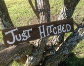 Just Hitched Rustic Western Bridal Wedding Sign Aged Stained Barn Wood Photo Prop