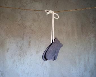 Children mittens grey baby mittens felted kids merino wool mittens toddler gloves winter gloves knitted mittens holder Christmas gift