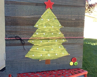 Mini Wooden Pallet Christmas Light up Tree with String Art