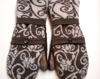 Swirls and Stripes Pocket Mittens made from recycled sweaters and lined with soft fleece. Ladies Medium.
