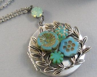 SALE Succulent Flower,Succulent Neckalce,Succulent Locket,Succulent Jewelry,Locket,Green Locket,Green Flower,Blue Flower, valleygirldesigns.
