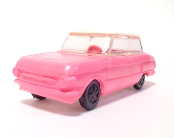 Soviet car model Zaz 966 toy pink rose