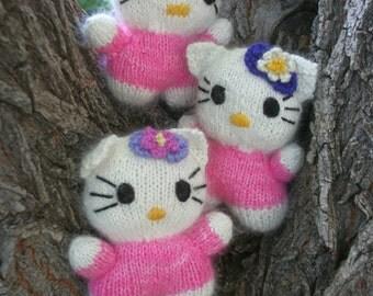 Hello Kitty knit in Angora yarn
