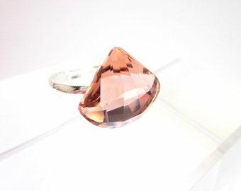 Pink Crystal Ring -- Blush Rose Swarovski Crystal Ring -- Sparkling Pink Ring -- Adjustable Ring --Blush Pink Crystal Ring --Light Pink Ring