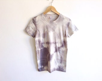 Gray Hand Dyed T-shirt in Crystal Symmetry Pattern