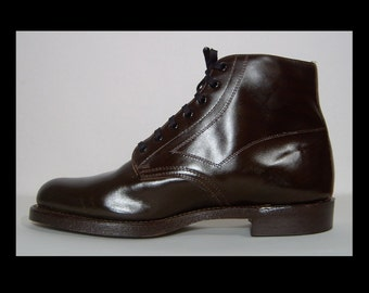 Deadstock new 1960s 1970s dark brown leather ankle boots - 12 - 14 - made in Canada - steel toe authentic Police Boots shoes Biltrite rubber