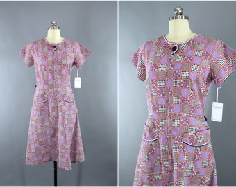 Vintage 1950s Dress / 50s Day Dress / Novelty Print Checkered Cotton Dress / Size Small S Medium M