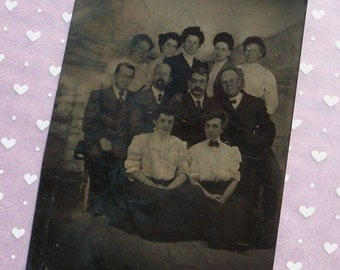Tintype Faces in the Crowd