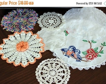 7 Assorted Crocheted and Linen Doilies, Mixed Doily Lot, Crochet Lace, Fabric Doilies 13374