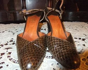 Beautiful 1980's Snakeskin Heels
