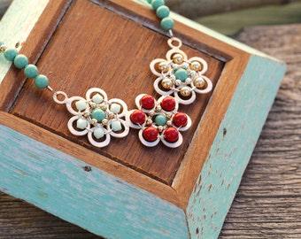 Three Flower Necklace, Boho Chic