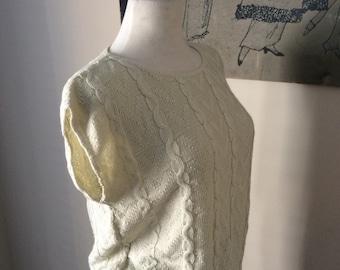 Sleeveless cream cable knit sweater size Medium