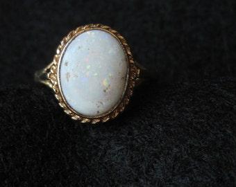 Yellow 9k Gold White Opal Ring English Hallmarks