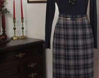 Slim Style Plaid Pencil Skirt with High Waist - No Waistband - Fully Lined - Plaid or Houndstooth  Made to Order - Bespoke - NEW Plaid Skirt