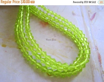 "20% OFF ON SALE 10 strs - 16"" long (81 pcs) Apple Green Bicone 4mm Beads"
