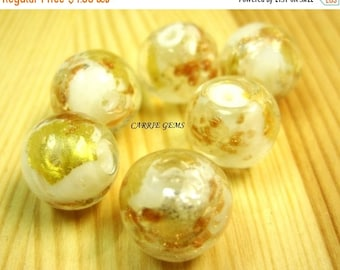 20% OFF ON SALE Gold Foil Lampwork Glass White 12mm Round Beads