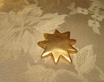 Victoria's Secret Metal Gold-tone Star Pin.
