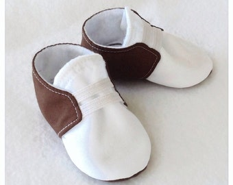 Brown & White Baby Shoes with Elastic | Newborn size up to 18 Months