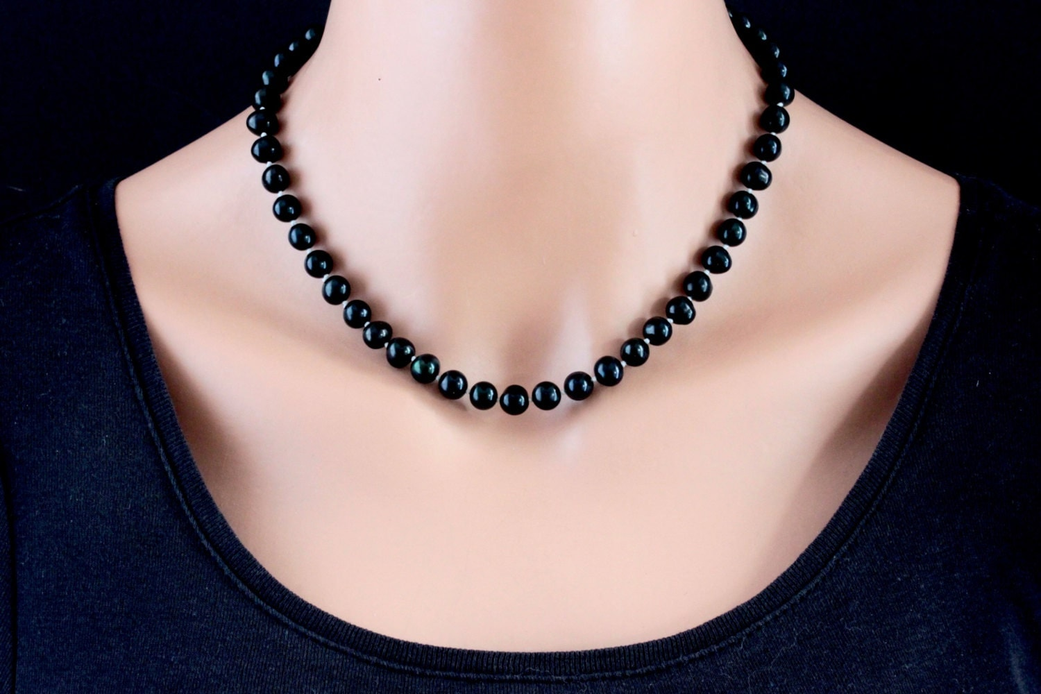 black pearl necklace freshwater pearl necklace knotted. Black Bedroom Furniture Sets. Home Design Ideas