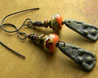Primitive Jewelry Earrings Artisan Pewter Orange Rustic Lampwork Glass