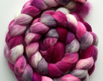 RASPBERRY ICECREAM Leicester Wool Top/Roving 152g