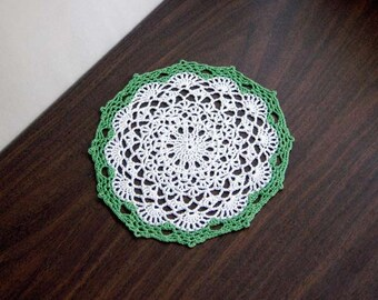 Leaf Green and White Lace Crochet Doily, Country Chic Decor, Table Accessory, New