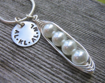 Mothers Personalized Peas in a Pod Necklace - Customized Mothers Necklace - Grandma Family Necklace - Family Necklace - Initials Necklace