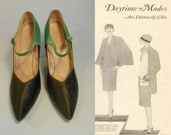 Bootlegging Flapper - Vintage Black & Green Silk Pointed Evening Heels Shoes w/Gem Buckle - 7.5/8