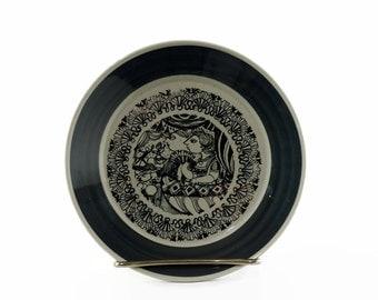 Vintage Nymolle Saucer, Bjorn Wiinblad, October, Oktober, Small Pottery Dish, Black and White, Danish Modern
