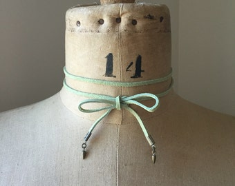 Pastel Green Suede Spike Tie Choker Lariat Wrap Necklace