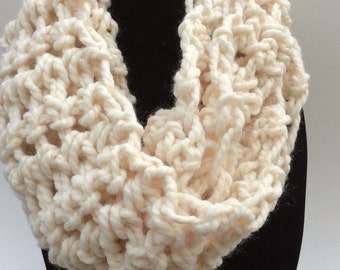 Chunky Crocheted Eternity Scarf, off-white chunky cowl, neckwarmer