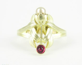 Art Nouveau Pearl & Ruby Ring, Floral Design in 18 Carat Green and Yellow Gold. Antique Circa 1910s Ring.