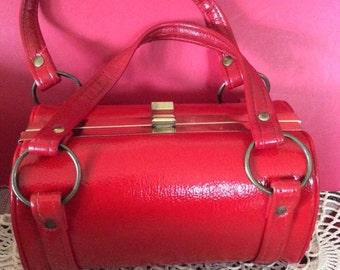 Vintage 1960s Handbag Purse Deep Red Textured Soft Vinyl MOD