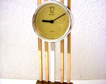 Vintage Seiko Japan Desk Clock - Minimalist Brass Pendulum Clock - Modernist Seiko Quartz Mantle Clock - Space Age Mid Century Modern Clock
