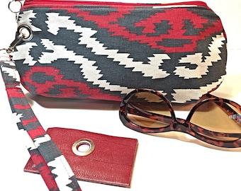 Clutch Wristlet Detachable Strap, Southwest Aztec Print