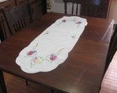 Vintage Hand Embroidered Floral Table Runner Dresser Scarf Cotton Linen
