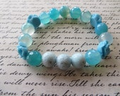 Aromatherapy Essential Oil Diffusing Stretch Bracelet with Aqua Agate Resin Roses and Blue Lava Stone