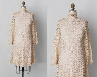 vintage 1960s dress / 60s crochet dress / crochet mini dress / Capucine dress