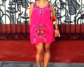 SALE - Mexico Embroidered Dress with pockets FUCHSIA