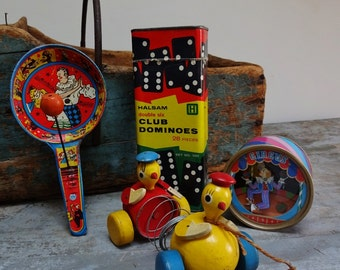 Four Vintage Musical Windup Pull Toy Dominoes Toys Games