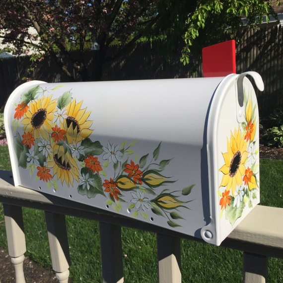 Painted mailbox hand painted mailbox by daisycustompainting for Unique mailboxes to buy