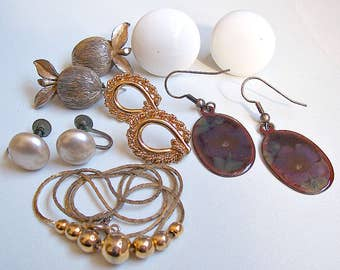 Earring Necklace Detash Gold Silver Tone Vintage Lot Pierced Clip On Pearls Dangles Beads Wearable Crafts Repurpose