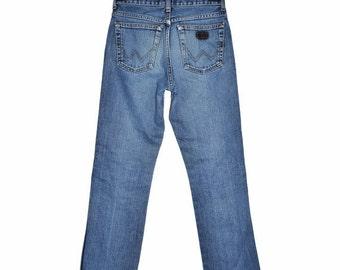 ON SALE Vintage WRANGLER Straight Leg Jeans Size 28x30 Light Blue Womens Pants Soft Cotton Natural Fade