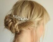 White pearls wedding bridal haircomb with rhinestones