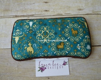 READY TO SHIP, Western Teal Travel Baby Wipe Case, Personalized Diaper Wipes Case, Baby Shower Gift, Stag, Bull, Cattle, Horse, Texas Case