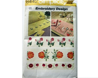 Vintage Uncut 1970s Simplicity  Embroidery Transfer Pattern 6442 -  Floral Borders and Stills - Home Decor